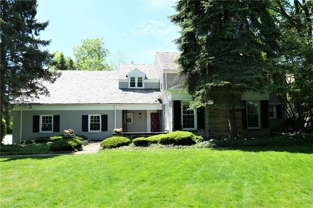 2764 Landon Road, Shaker Heights, OH 44122 (MLS #4191797) :: The Holly Ritchie Team