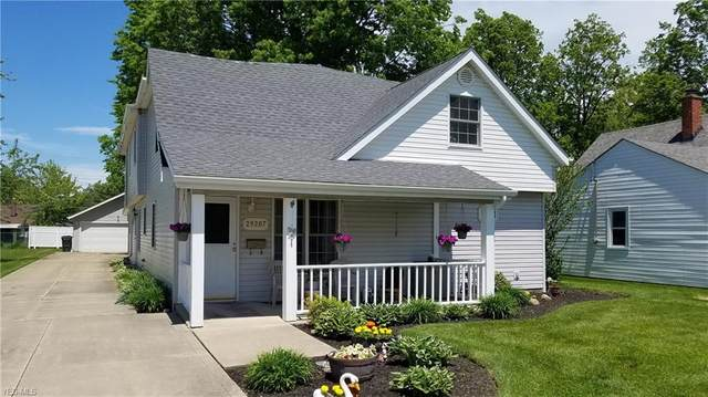 29207 Edgewood Drive, Willowick, OH 44095 (MLS #4191819) :: The Holden Agency