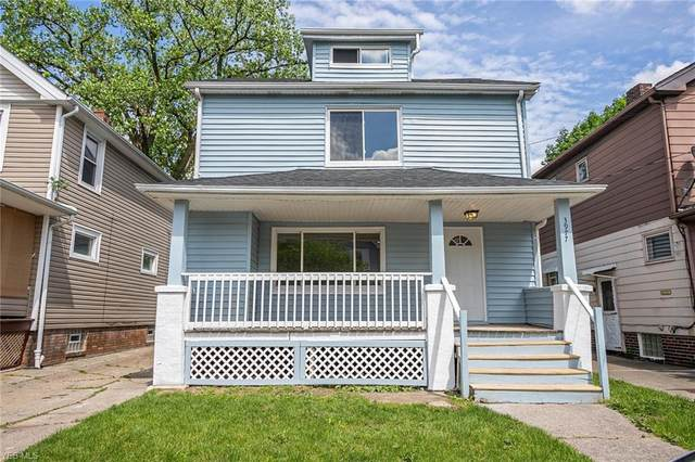 3977 W 22nd Street, Cleveland, OH 44109 (MLS #4191901) :: The Holly Ritchie Team