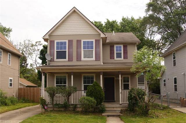 2231 E 73rd Street, Cleveland, OH 44103 (MLS #4192104) :: The Holden Agency