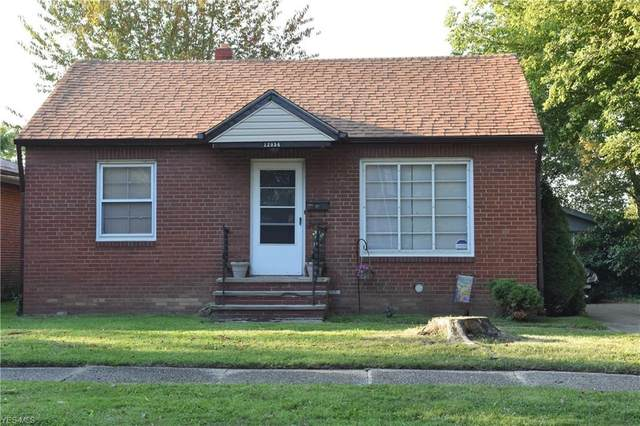 12054 Geraldine Avenue, Cleveland, OH 44111 (MLS #4192337) :: The Holly Ritchie Team