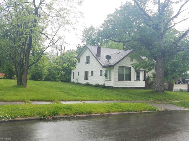 171 E Ravenwood Avenue, Youngstown, OH 44507 (MLS #4192498) :: The Holly Ritchie Team