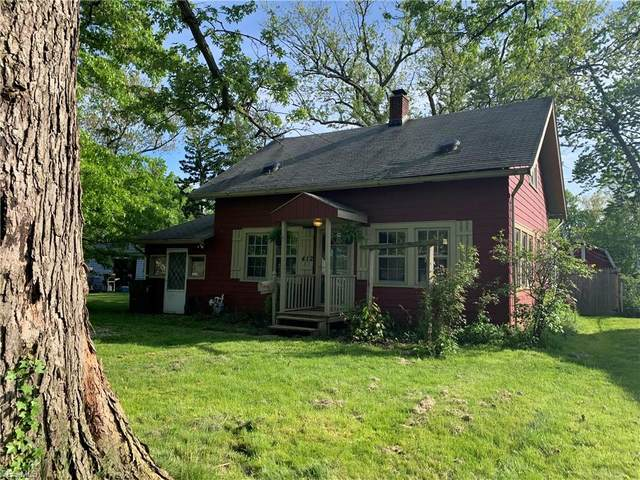 412 Waverly Road, Eastlake, OH 44095 (MLS #4193196) :: RE/MAX Valley Real Estate
