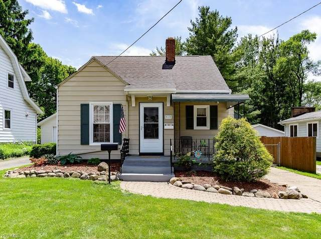 68 Lincoln Avenue, Cuyahoga Falls, OH 44221 (MLS #4193297) :: RE/MAX Trends Realty