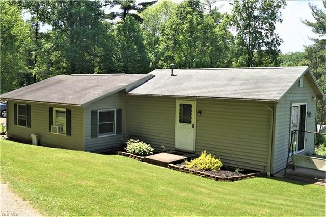 5055 Meadow Drive SW, Carrollton, OH 44615 (MLS #4193714) :: The Holly Ritchie Team