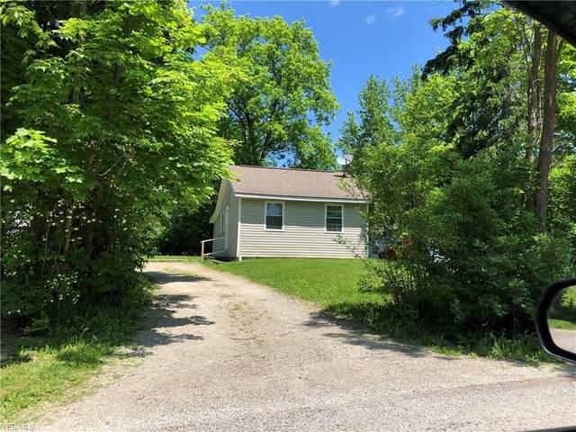 14867 Beechwood Drive, Newbury, OH 44065 (MLS #4196632) :: The Crockett Team, Howard Hanna