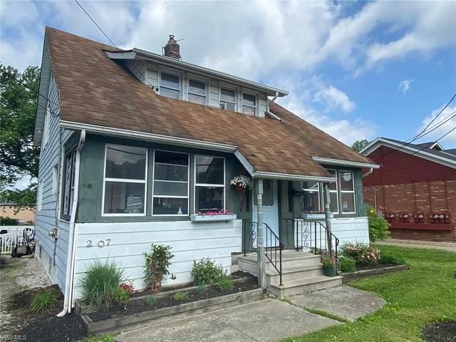 207 Washington Street, Chardon, OH 44024 (MLS #4197553) :: The Crockett Team, Howard Hanna
