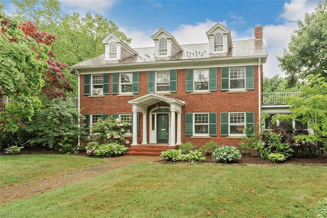 2944 Broxton Road, Shaker Heights, OH 44120 (MLS #4199122) :: The Holden Agency