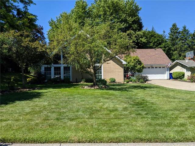 221 Greenbriar Drive, Aurora, OH 44202 (MLS #4199920) :: The Holden Agency
