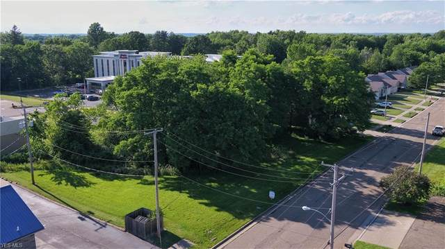 Northview Avenue, Alliance, OH 44601 (MLS #4200434) :: The Holden Agency