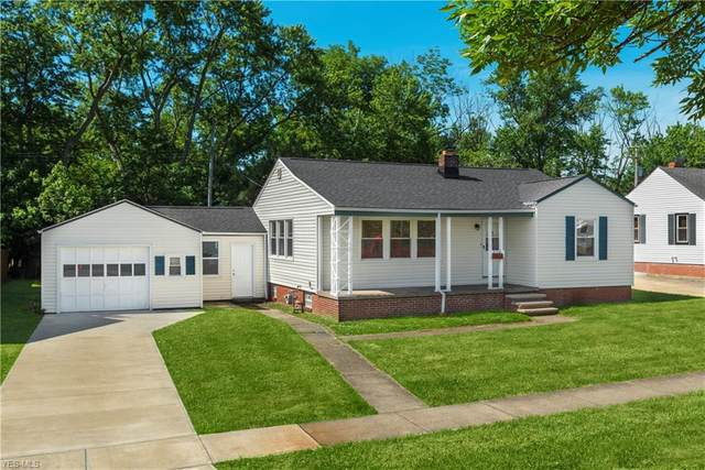 8109 Newport Avenue, Parma, OH 44129 (MLS #4200896) :: The Holden Agency