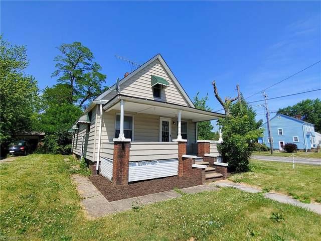 2106 Oberlin Avenue, Lorain, OH 44052 (MLS #4201054) :: The Holden Agency