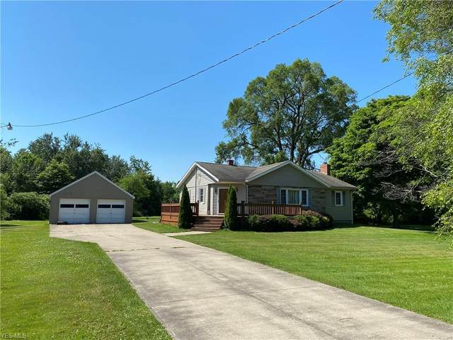 3426 Lake Road, Conneaut, OH 44030 (MLS #4201746) :: RE/MAX Valley Real Estate
