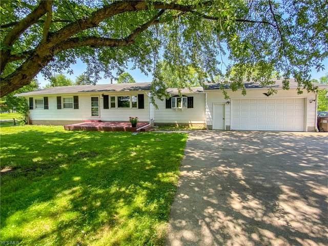 3769 Durst Clagg Road, Cortland, OH 44410 (MLS #4201885) :: The Art of Real Estate