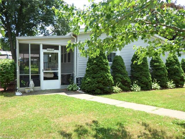 39 C Street SW, Navarre, OH 44662 (MLS #4202145) :: The Art of Real Estate