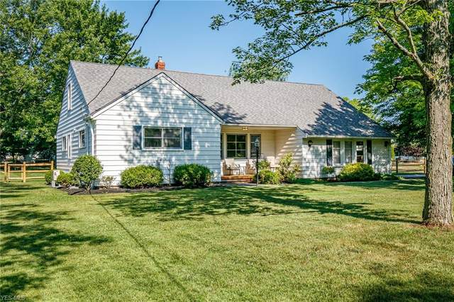 846 Eastlawn Drive, Highland Heights, OH 44143 (MLS #4202230) :: Tammy Grogan and Associates at Cutler Real Estate