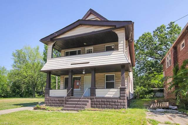 12101 Parkview Avenue, Cleveland, OH 44120 (MLS #4202246) :: The Holden Agency