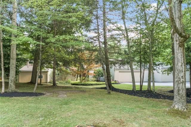 92 Wychwood Drive, Chagrin Falls, OH 44022 (MLS #4202330) :: The Crockett Team, Howard Hanna
