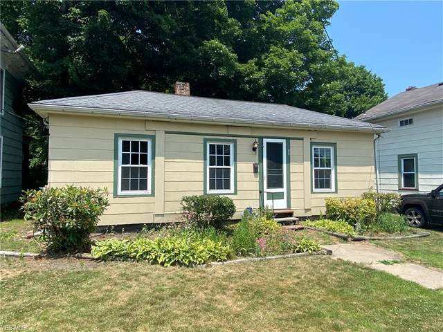 341 W Main Street, Geneva, OH 44041 (MLS #4203237) :: RE/MAX Edge Realty