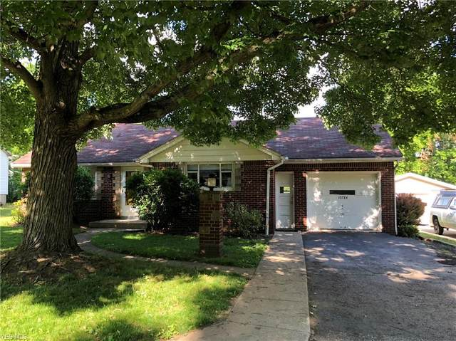 10784 Park Street, Mantua, OH 44255 (MLS #4203373) :: The Art of Real Estate
