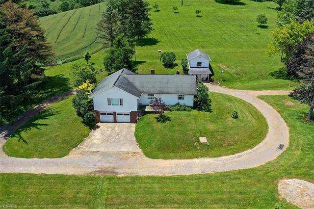1713 Crooked Rd Road NW, New Philadelphia, OH 44663 (MLS #4203759) :: The Holden Agency