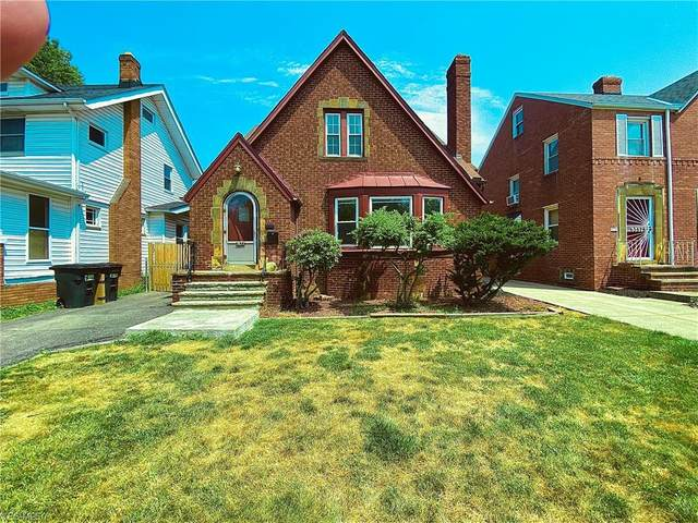 3571 Blanche Avenue, Cleveland Heights, OH 44118 (MLS #4203894) :: The Art of Real Estate