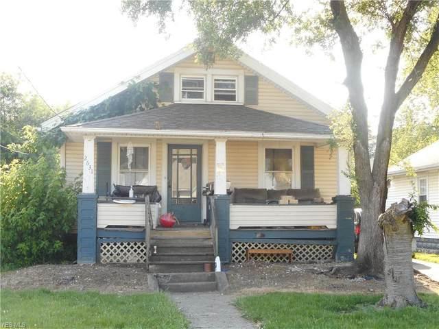 2631 Baldwin Avenue NE, Canton, OH 44705 (MLS #4204077) :: The Art of Real Estate