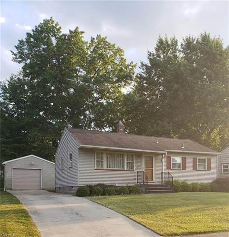 3311 Quentin Drive, Youngstown, OH 44511 (MLS #4204089) :: The Holden Agency