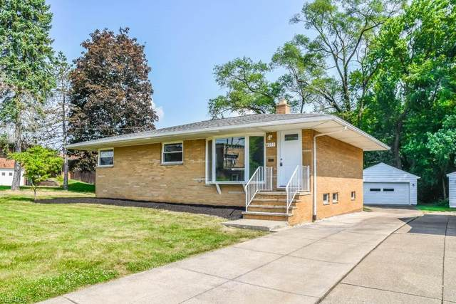 2075 Thurmont Road, Akron, OH 44313 (MLS #4204203) :: Keller Williams Chervenic Realty