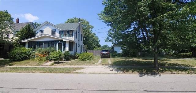 1411 W 8th Street, Ashtabula, OH 44004 (MLS #4204238) :: Tammy Grogan and Associates at Cutler Real Estate