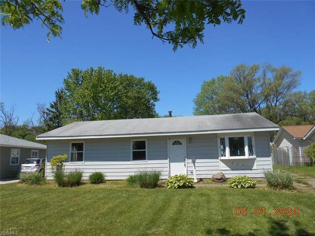 354 Sylvia Drive, Chardon, OH 44024 (MLS #4204337) :: The Crockett Team, Howard Hanna