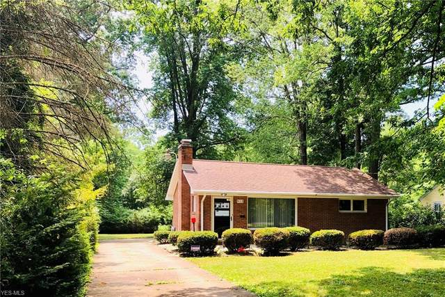 913 Indianola Road, Youngstown, OH 44512 (MLS #4204522) :: RE/MAX Trends Realty