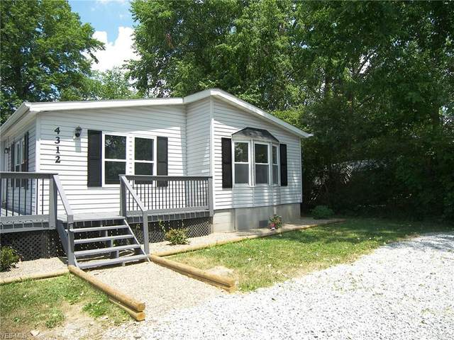 4312 Jaeger Road, Lorain, OH 44053 (MLS #4205172) :: The Holden Agency