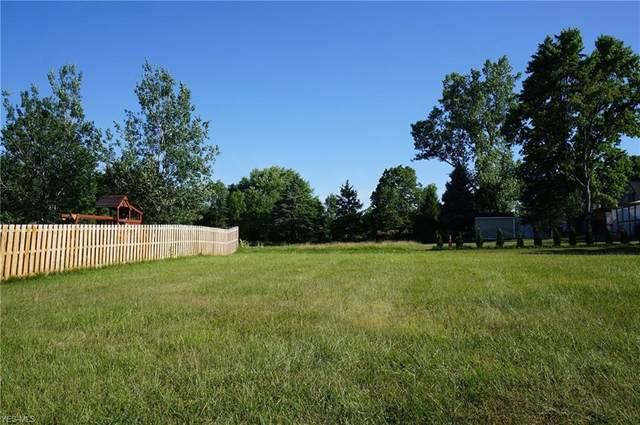 8490 Cedarwood Road, North Royalton, OH 44133 (MLS #4205366) :: The Crockett Team, Howard Hanna