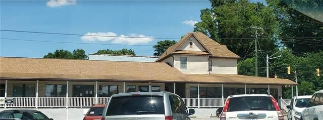 3009 Murdoch, Parkersburg, OH 26101 (MLS #4205990) :: Keller Williams Chervenic Realty