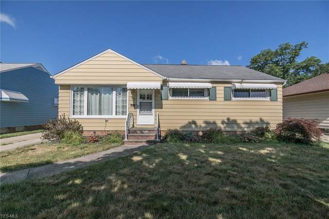 4676 Southwood Drive, Brooklyn, OH 44144 (MLS #4206937) :: The Art of Real Estate