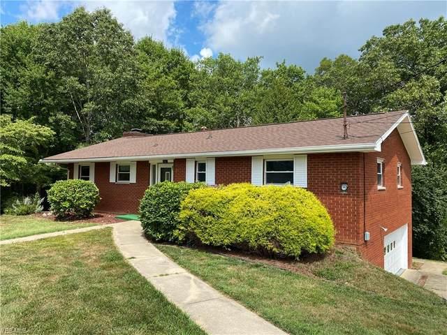 802 Dutch Ridge Road, Parkersburg, WV 26104 (MLS #4209096) :: The Art of Real Estate
