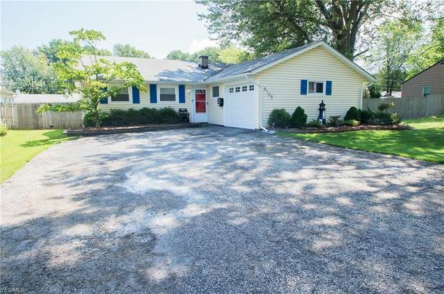 6105 Tall Oaks Drive, Mentor-on-the-Lake, OH 44060 (MLS #4209473) :: Select Properties Realty