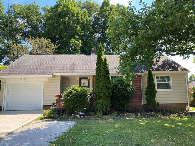 9301 Oakdale Road, Parma, OH 44129 (MLS #4210085) :: The Art of Real Estate