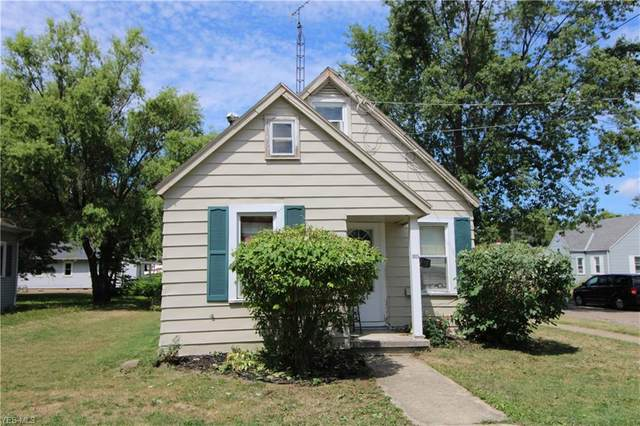 1015 E 3rd Street, Port Clinton, OH 43452 (MLS #4210462) :: RE/MAX Valley Real Estate