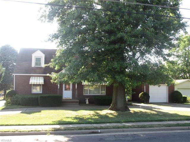 1216 N Chapel Street, Louisville, OH 44641 (MLS #4210710) :: Tammy Grogan and Associates at Cutler Real Estate