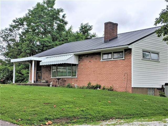 230 Maple Street, Smithfield, OH 43948 (MLS #4211431) :: RE/MAX Trends Realty