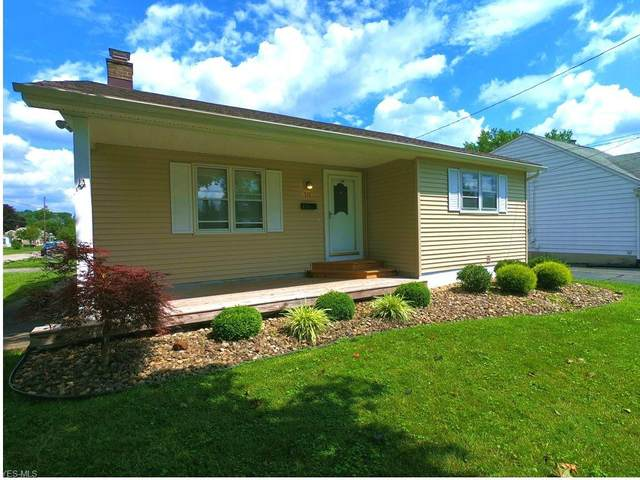 515 Lincoln Avenue, Struthers, OH 44471 (MLS #4211490) :: The Holden Agency