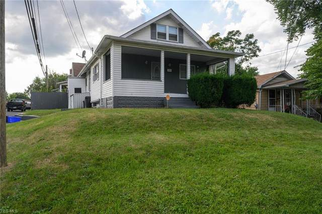 1551 Clarendon, Canton, OH 44706 (MLS #4212149) :: The Art of Real Estate