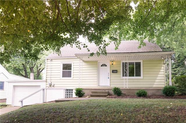 1000 Miles Avenue NW, Canton, OH 44708 (MLS #4212193) :: Select Properties Realty