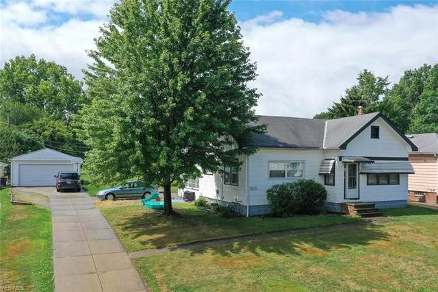 4419 Lincoln Avenue, Parma, OH 44134 (MLS #4212476) :: The Holden Agency
