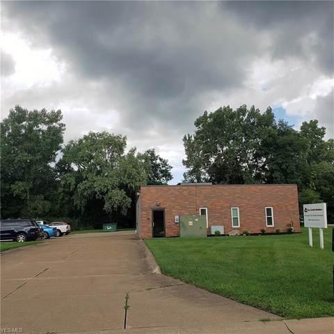 9005 Osborne Drive, Mentor, OH 44060 (MLS #4212756) :: Keller Williams Chervenic Realty