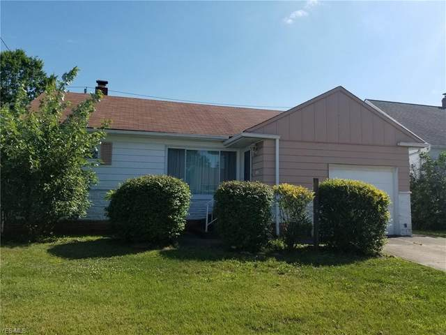 15508 Northwood Avenue, Maple Heights, OH 44137 (MLS #4212811) :: The Jess Nader Team   RE/MAX Pathway