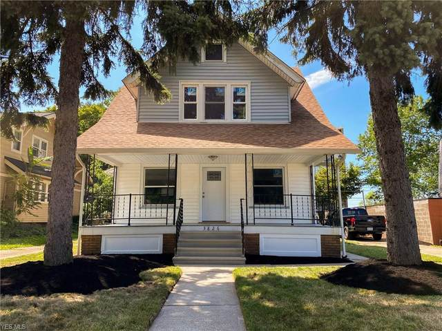 3826 W 162nd Street, Cleveland, OH 44111 (MLS #4212848) :: The Art of Real Estate