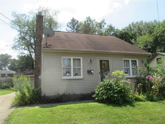 30 W Haywood Avenue, Struthers, OH 44471 (MLS #4213956) :: RE/MAX Trends Realty